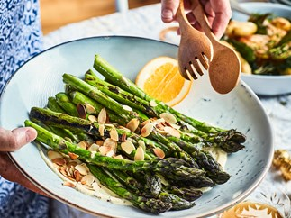 Chargrilled asparagus with mustard crème