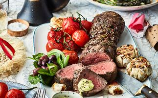 Beef fillet with parmesan basil béarnaise