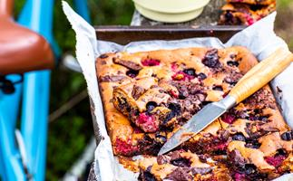 Berry and chunky chocolate slice