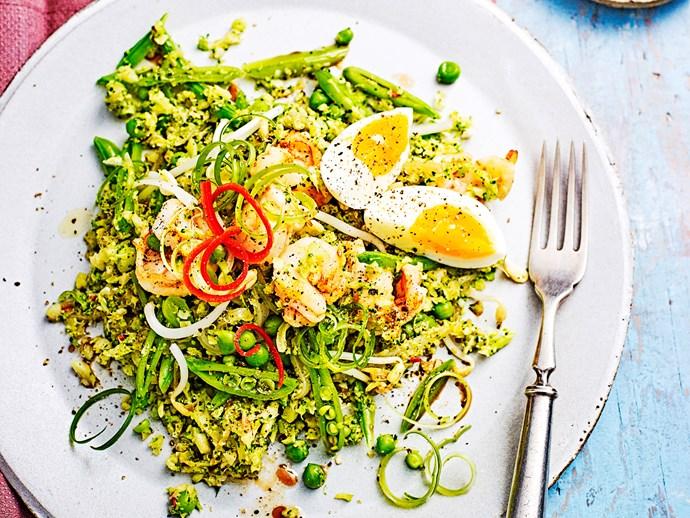 Prawn and broccoli fried 'rice'
