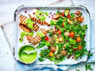 Fish and quinoa salad with green hummus
