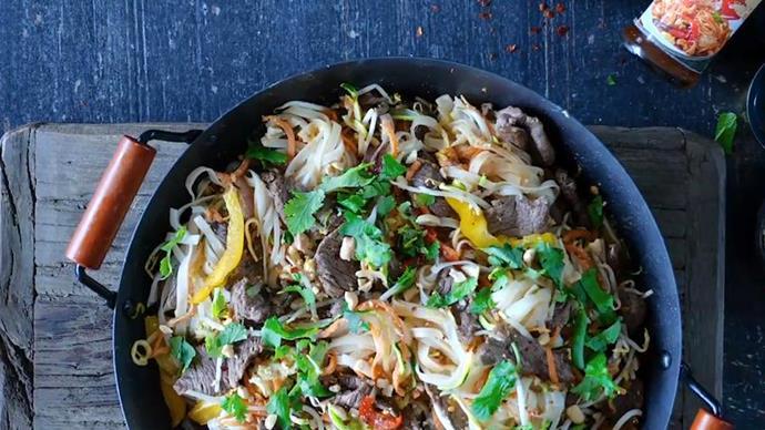 Pad Thai beef satay