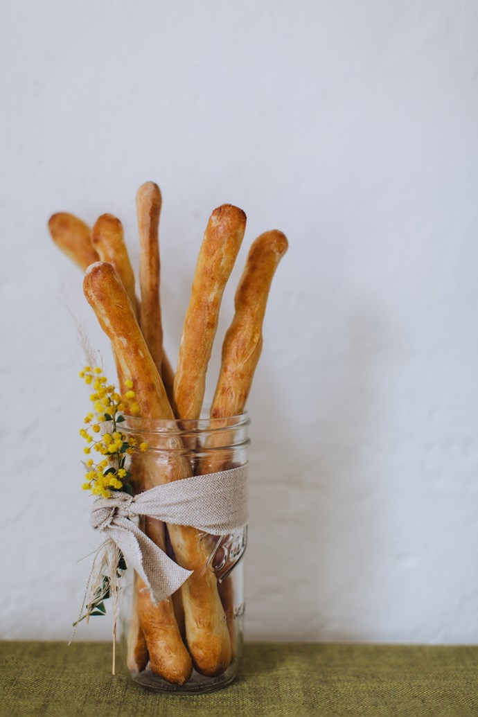 No-knead breadsticks.