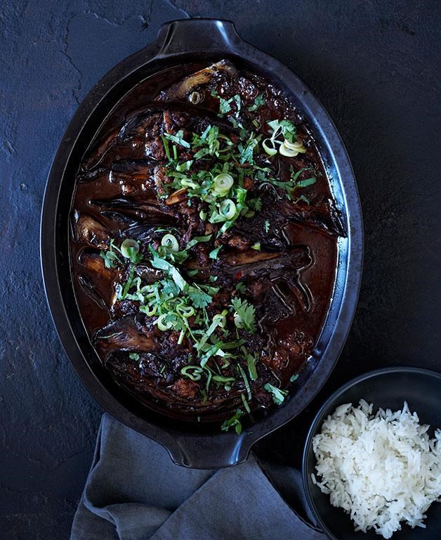 "[**Sichuan braised eggplant**](https://www.gourmettraveller.com.au/recipes/browse-all/sichuan-braised-eggplant-11947|target=""_blank"") <br><br> This spicy braised eggplant is enriched with pork mince, soy and vinegar. It makes for a lively side dish - just don't forget the steamed rice to soak up all those juices."