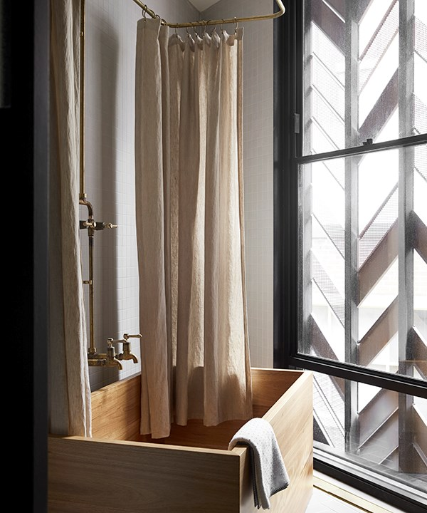 *A wooden bathtub. Photo by Sharyn Cairns.*