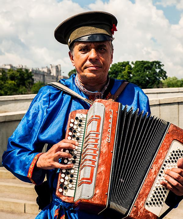 Bayan player, Moscow