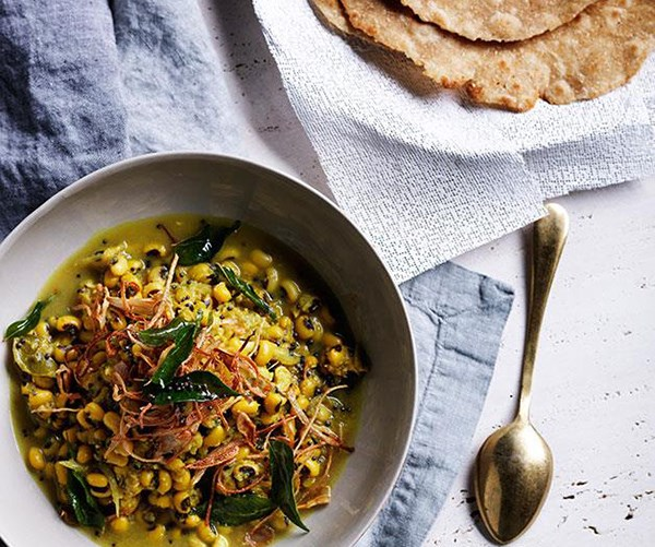 "**[Black-eyed pea curry with crisp shallots and curry leaves](https://www.gourmettraveller.com.au/recipes/browse-all/black-eyed-pea-curry-with-crisp-shallots-and-curry-leaves-11986|target=""_blank"")**  This black-eyed pea curry effortlessly straddles the cuisines of northern and southern India, marrying the generous use of spices with slow-cooking techniques."