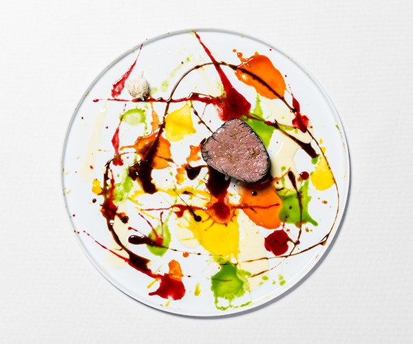 Beautiful, psychedelic, spin-painted veal, not flame grilled. Photography: Callo Albanese & Sueo
