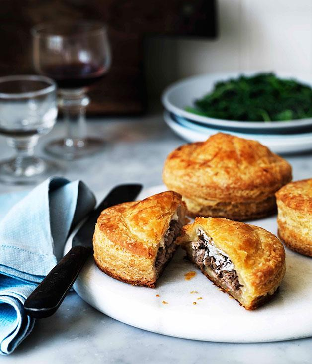 """[Duck and goat's cheese Pithiviers](https://www.gourmettraveller.com.au/recipes/browse-all/duck-and-goats-cheese-pithiviers-11365