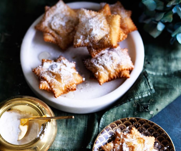 "[Quince pastelitos](https://www.gourmettraveller.com.au/recipes/browse-all/quince-pastelitos-12566|target=""_blank"")  A light dusting of icing sugar sits like snowflakes on top of these fruity quince puffs. It's a winter wonderland on your plate."