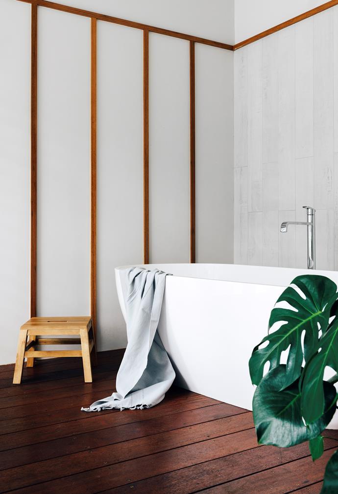 "Up there with [best hotel baths in Australia](http://www.gourmettraveller.com.au/travel/destinations/australias-best-hotel-baths-15272|target=""_blank"")."