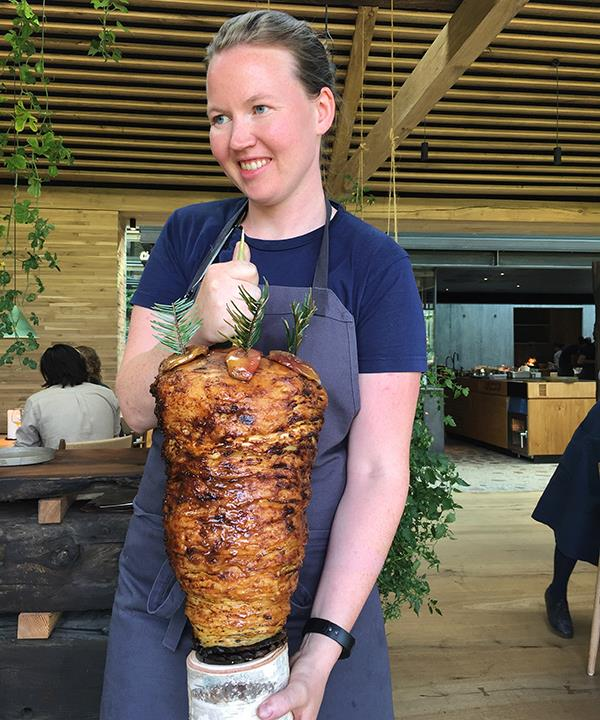 Mette Søberg with the celeriac shawarma