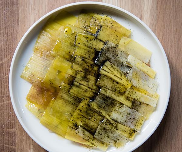 Kingfish tartare with shiitake and leek