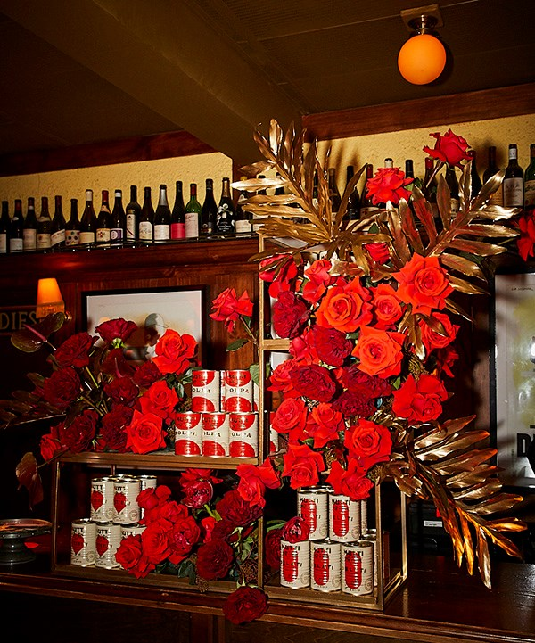*Mutti flower arrangement on the welcome desk at Hubert (photo: Lauren Trompp).*