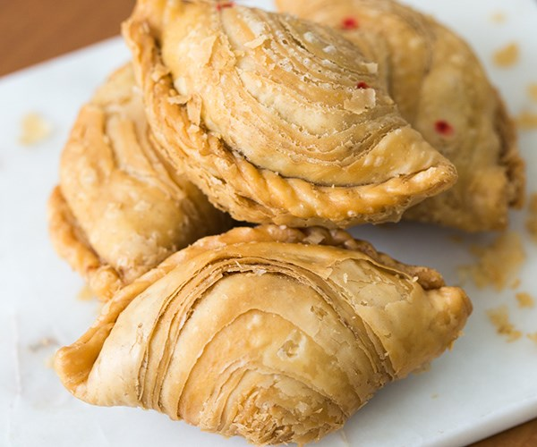 Curry puffs at J2 Crispy Famous Curry Puff, Amoy Street Food Centre