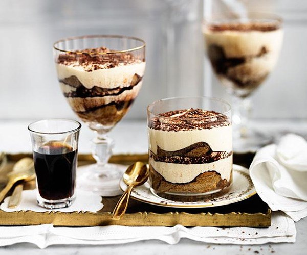 "**[Tiramisù](https://www.gourmettraveller.com.au/recipes/browse-all/tiramisu-14207|target=""_blank"")**"