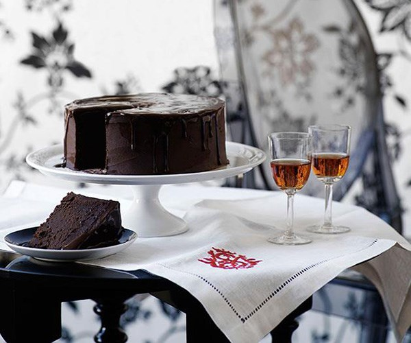 """**[Rich chocolate cake](https://www.gourmettraveller.com.au/recipes/browse-all/rich-chocolate-cake-9891