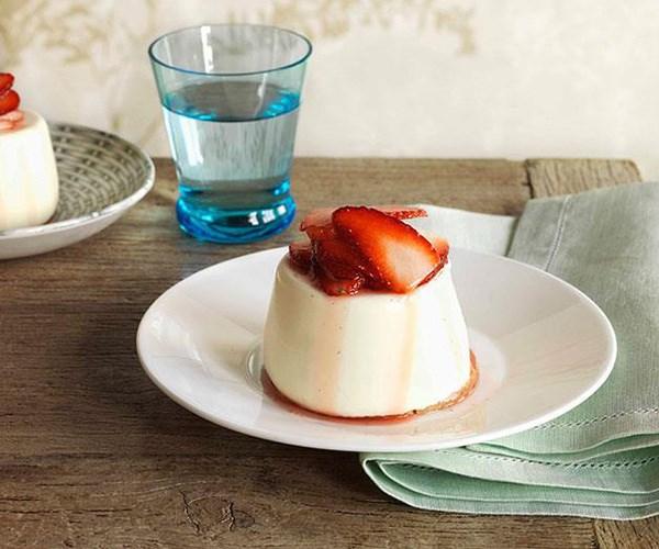 "**[Sheep's milk yoghurt panna cotta](https://www.gourmettraveller.com.au/recipes/browse-all/sheeps-milk-yoghurt-panna-cotta-10405|target=""_blank"")**"