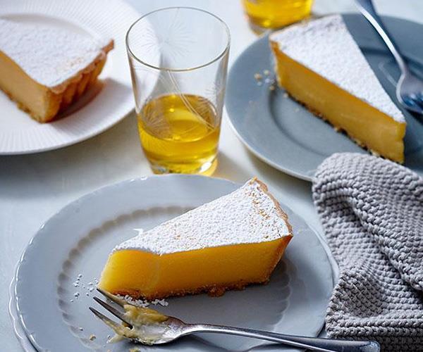 """**[How to make a lemon tart](https://www.gourmettraveller.com.au/recipes/browse-all/lemon-tart-14224 target=""""_blank"""")**"""