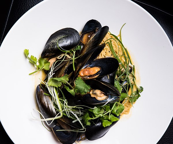 Mussels with garam masala noodle soup