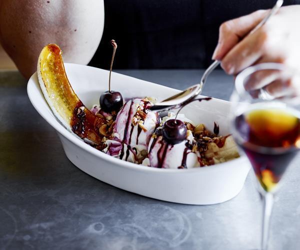 """**[H 'n' R banana royale](https://www.gourmettraveller.com.au/recipes/chefs-recipes/h-n-r-banana-royale-16089 target=""""_blank"""")**"""