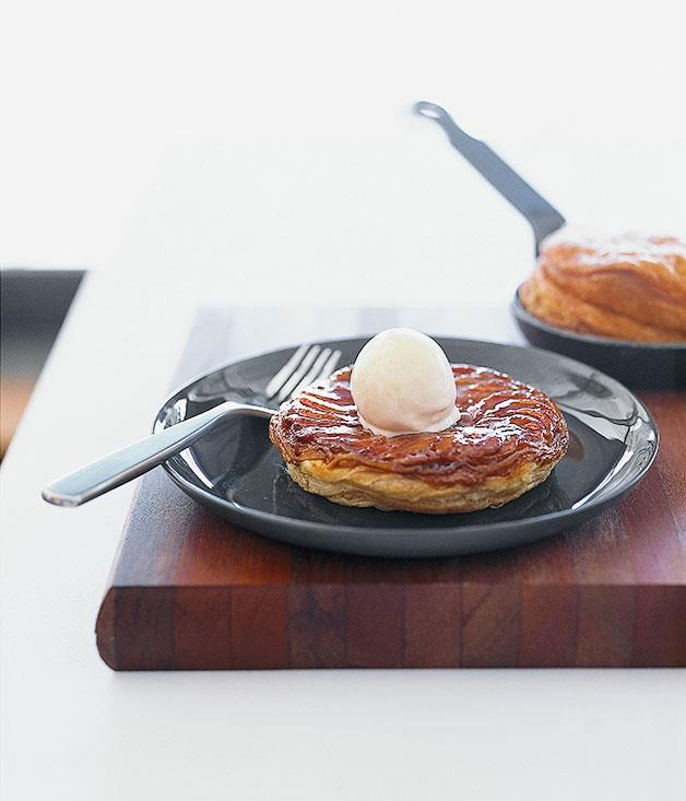 "**[Banana tarte Tatin with nutmeg ice-cream](https://www.gourmettraveller.com.au/recipes/chefs-recipes/banana-tarte-tatin-with-nutmeg-ice-cream-7336|target=""_blank"")**"