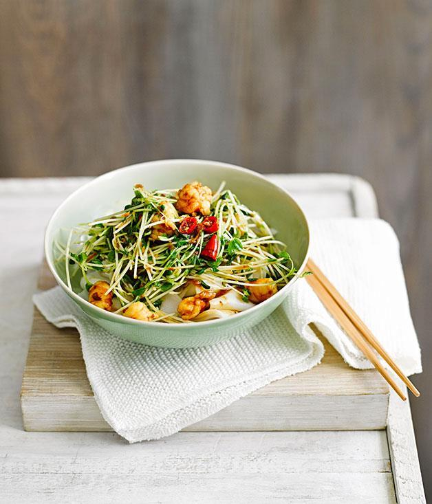 "**[Rice noodles with snow pea sprouts and prawns](https://www.gourmettraveller.com.au/recipes/fast-recipes/rice-noodles-with-snow-pea-sprouts-and-prawns-13513|target=""_blank"")**"