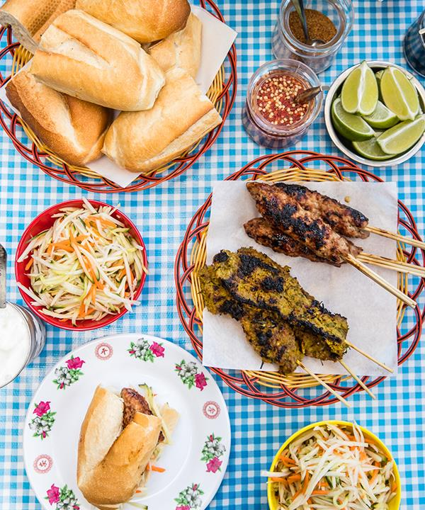 Skewers with numpang baguettes and pickled papaya salad