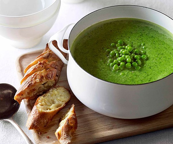 """[Pea and fennel soup with parmesan garlic bread](https://www.gourmettraveller.com.au/recipes/fast-recipes/pea-and-fennel-soup-with-parmesan-garlic-bread-13146
