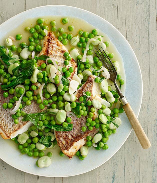 "**[Pink snapper with braised peas and broad beans](https://www.gourmettraveller.com.au/recipes/fast-recipes/pink-snapper-with-braised-peas-and-broad-beans-13400|target=""_blank"")**"