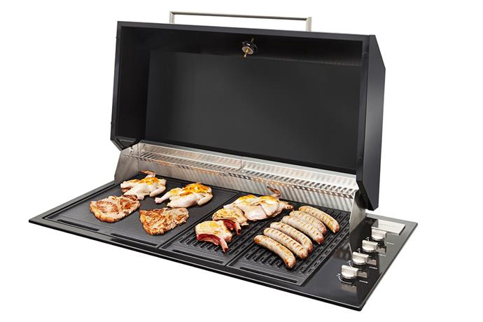 """Artusi's built-in barbecue has an understated design and is versatile, too. The cooktop allows for big party-friendly serves as well as quick weeknight dinners. <br><br> [Artusi Built-in barbecue](http://artusi.com.au/bbqs/abbq1bf/