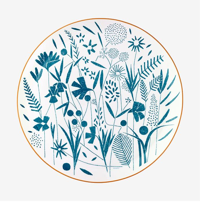 "You can't go wrong with good tableware for the food lover in your life. A pile of Christmas day prawns would be well complemented by this luxe Hermès platter. <br><br> [Hermès A Walk in the Garden tart platter](https://www.hermes.com/au/en/product/a-walk-in-the-garden-tart-platter-P043022P/|target=""_blank""
