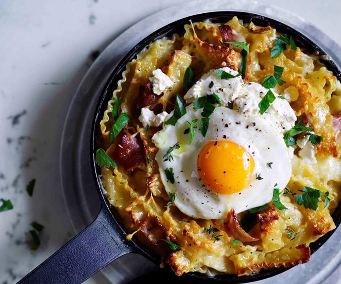 "[Ham and provolone mac and cheese with fried egg](https://www.gourmettraveller.com.au/recipes/browse-all/ham-and-provolone-mac-and-cheese-with-fried-egg-12851|target=""_blank"")"