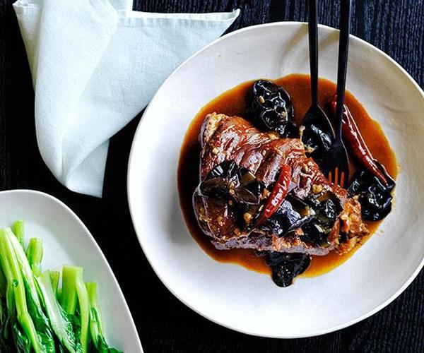"[Cheong Liew's pork hock and wood fungus](https://www.gourmettraveller.com.au/recipes/chefs-recipes/cheong-liews-pork-hock-and-wood-fungus-recipe-8530|target=""_blank"")"