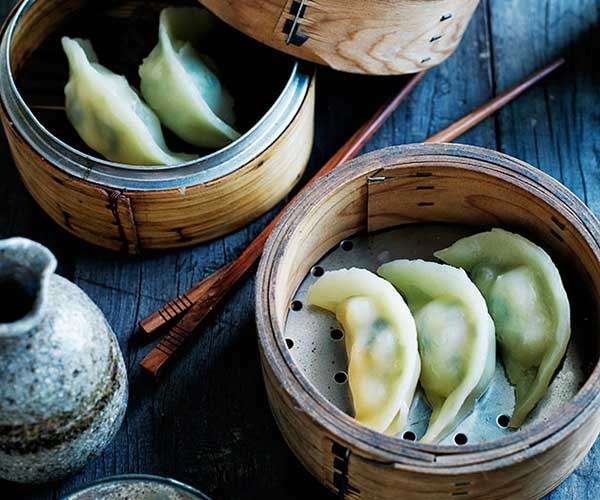 "[Jade prawn dumplings](https://www.gourmettraveller.com.au/recipes/browse-all/jade-prawn-dumplings-12016|target=""_blank"")"