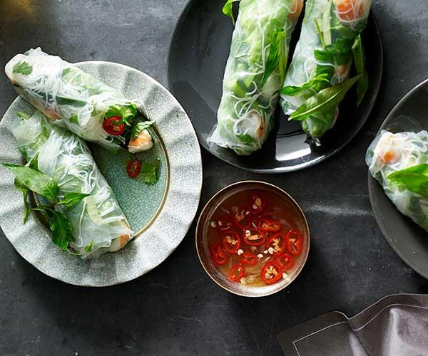 "[Vietnamese rice paper rolls](https://www.gourmettraveller.com.au/recipes/fast-recipes/vietnamese-rice-paper-rolls-13418|target=""_blank"")"