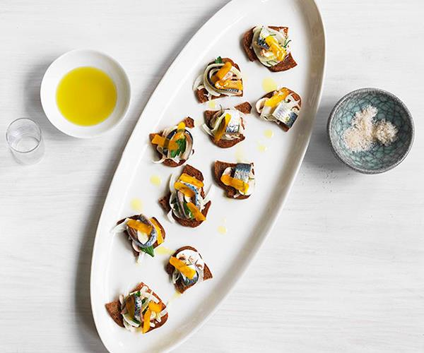 "**[Cured sardine, fennel, mushroom and bottarga salad on croûtons](http://www.gourmettraveller.com.au/recipes/chefs-recipes/cured-sardine-fennel-mushroom-and-bottarga-salad-on-croutons-7624|target=""_blank"")**"