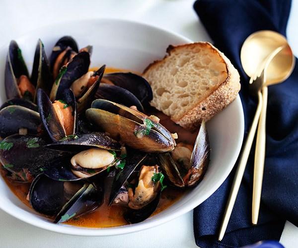 "[Maurice Terzini's (Icebergs Dining Room & Bar) squazzata di cozze](http://www.gourmettraveller.com.au/recipes/chefs-recipes/maurice-terzinis-squazzata-di-cozze-8527|target=""_blank"")"