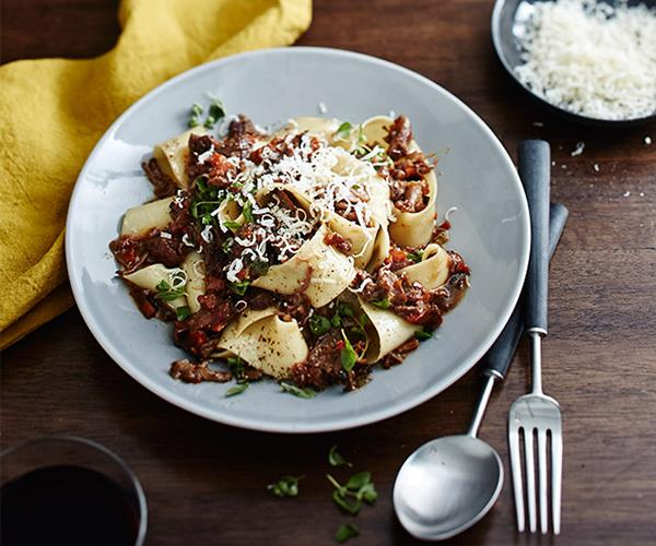 "[Massi's pappardelle with osso buco ragù](http://www.gourmettraveller.com.au/recipes/chefs-recipes/massis-pappardelle-with-osso-buco-ragu-9306|target=""_blank"")"