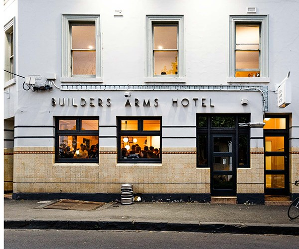 The Builders Arms Hotel (Photo: Harvard Wang)