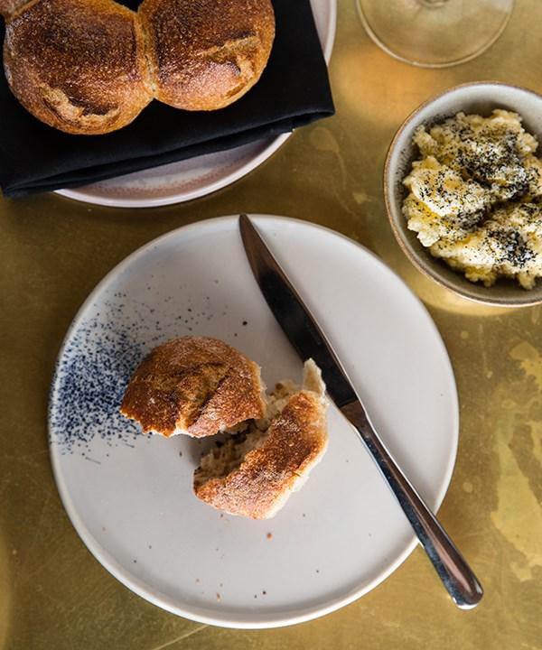 Bread, butter (Photo: Nikki To)
