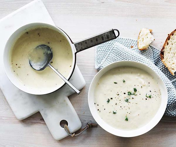 "**[Cauliflower, leek and cheddar soup](https://www.gourmettraveller.com.au/recipes/fast-recipes/cauliflower-leek-and-cheddar-soup-13814|target=""_blank"")**"