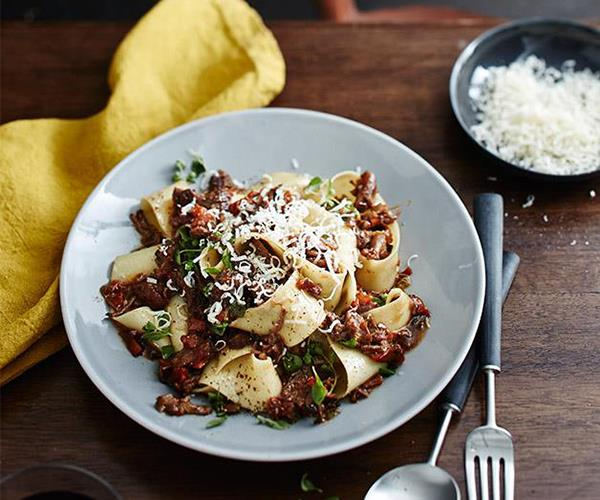 """**[Massi's pappardelle with osso buco ragù](https://www.gourmettraveller.com.au/recipes/chefs-recipes/massis-pappardelle-with-osso-buco-ragu-9306