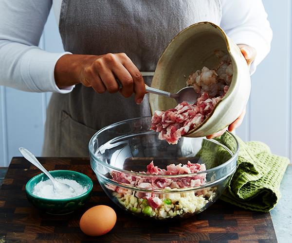 Tip 2: Aim for a good ratio of fat and meat in your filling