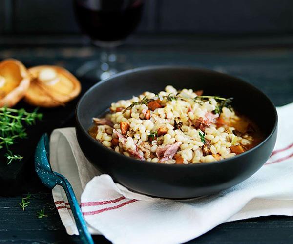 "**[Mushroom and pearl barley soup (minestra di orzo e funghi)](https://www.gourmettraveller.com.au/recipes/browse-all/mushroom-and-pearl-barley-soup-minestra-di-orzo-e-funghi-11055|target=""_blank"")**"