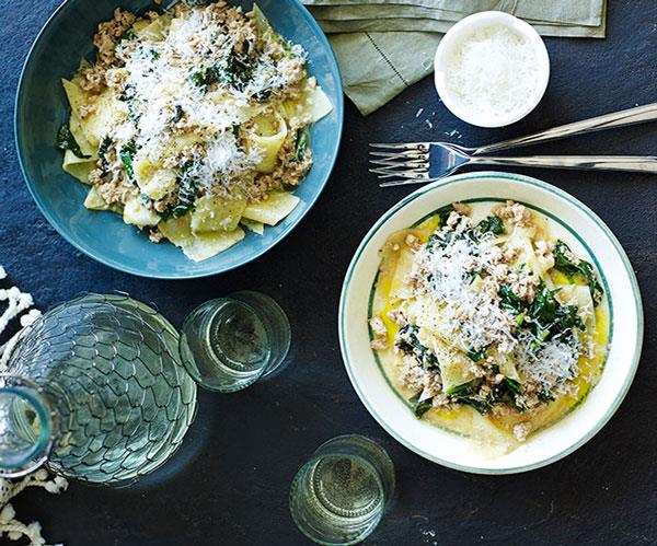 "**[Chicken and clove ragù with polenta pasta](https://www.gourmettraveller.com.au/recipes/chefs-recipes/chicken-and-clove-ragu-with-polenta-pasta-9164|target=""_blank"")**"