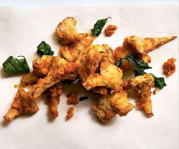 "**[Andrew McConnell's crisp artichokes with hollandaise sauce](https://www.gourmettraveller.com.au/recipes/browse-all/artichokes-with-hollandaise-sauce-10941|target=""_blank"")**"