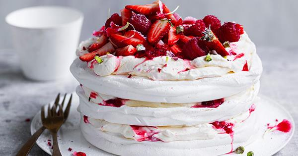 31 strawberry dessert recipes | Gourmet Traveller
