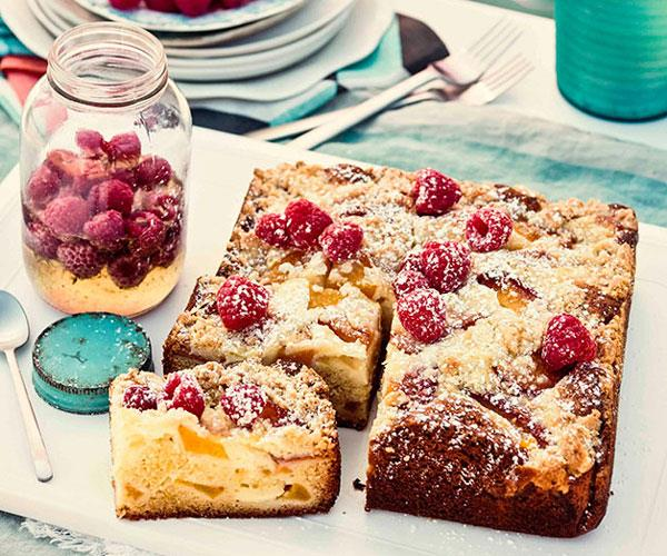"**[Peach, raspberry and ricotta crumble cake](https://www.gourmettraveller.com.au/recipes/browse-all/peach-raspberry-and-ricotta-crumble-cake-11575|target=""_blank"")**"