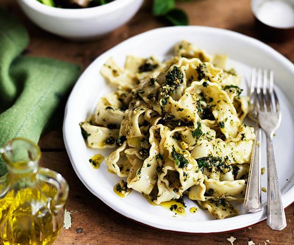 "**[Pounded almond and mint pasta sauce](https://www.gourmettraveller.com.au/recipes/chefs-recipes/pounded-almond-and-mint-pasta-sauce-8052|target=""_blank"")**"